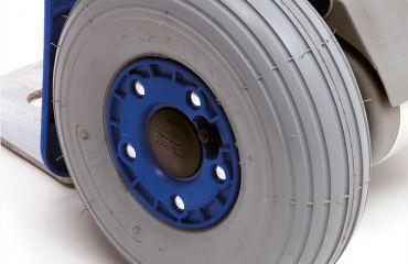 Modulkar Neumáticos