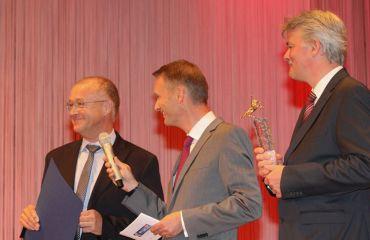 Premio Pegasus en oro(periodico OÖNachrichten)(categoría a 49 empleadeos)