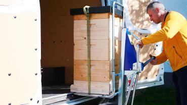 Unikar + LIFTKAR SAL - apicultura